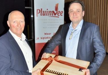 Steven Vervaeke gehuldigd tijdens de Statutaire vergadering van West Vlaanderen